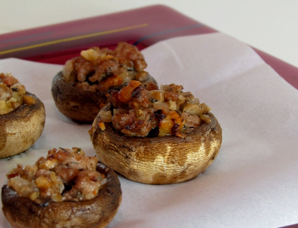 Paleo Stuffed Mushrooms | Allison Eats